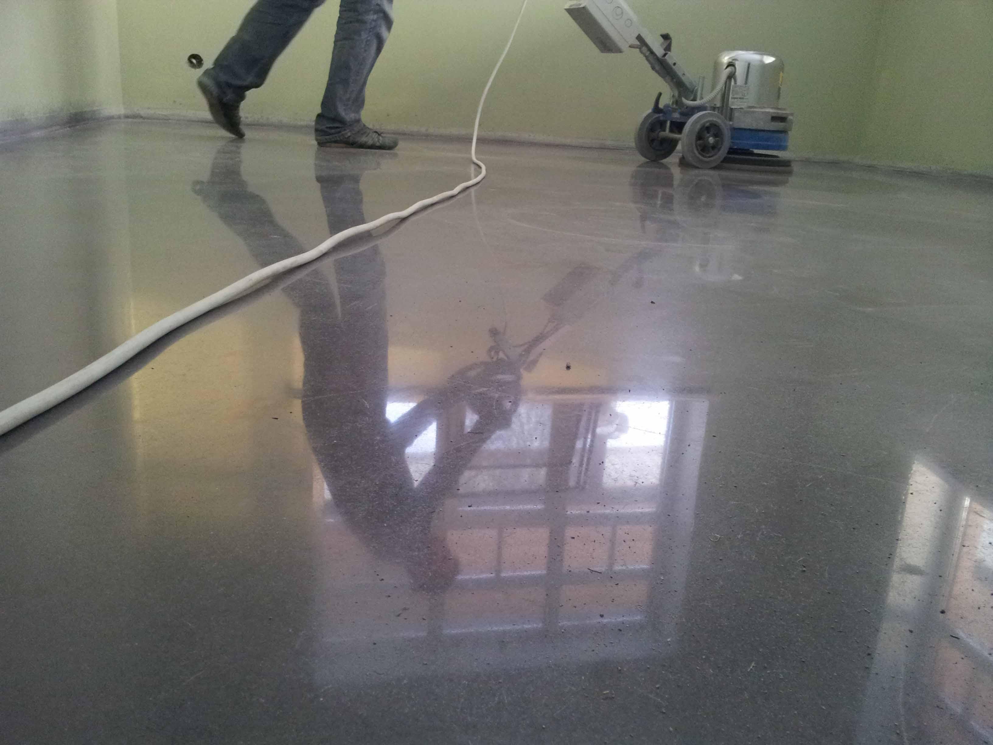шлифовка бетонного пола цена